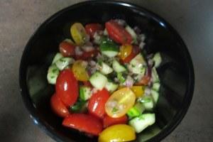 tomatocucumbersalad2