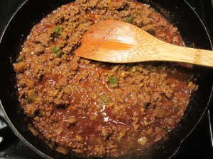 meat cooking in sauce2