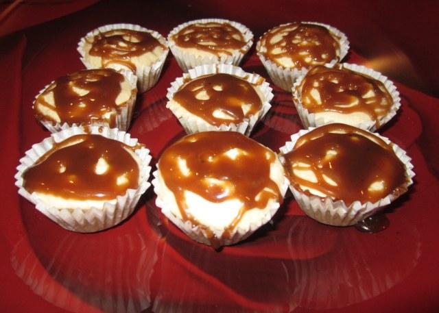 finished cheesecake bites