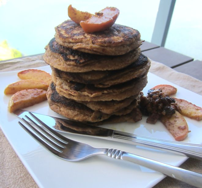 apple-cinnamon-raisin-pancakes2